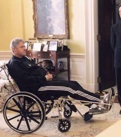bill-clinton-quadricep-injury