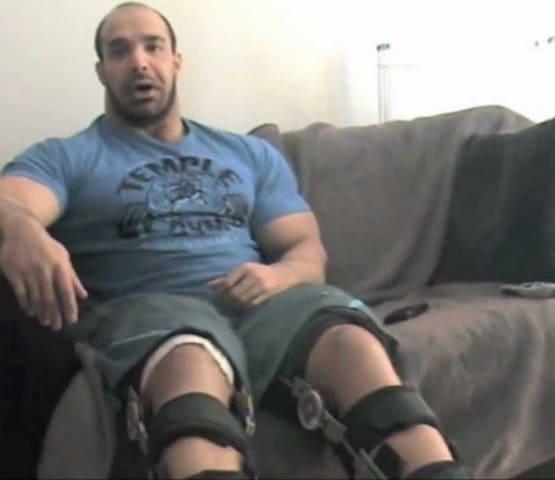ZACK-KHAN-injured-quadriceps-tear