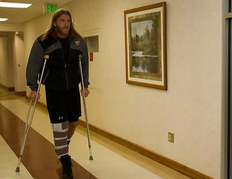 triple-h-wrestling-quad-tendon-surgery